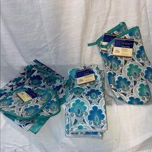Other - NEW 11pc Kitchen Linen Set